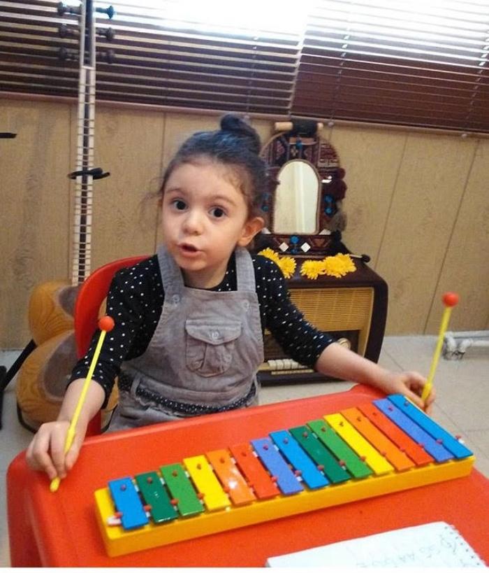 موسیقی-کودک-آموزش-ارف-کودکان-آموزشگاه-موسیقی-آکورد