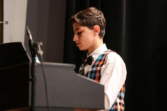 آشنایی با ساز پیانو- آموزشگاه موسیقی